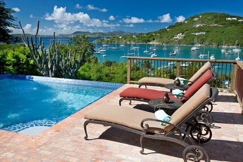 Pool View of Great Cruz Bay & amazing sunsets - Villa Chez Shell - FEATURED ON HOUSE HUNTERS INT'L - Cruz Bay - rentals