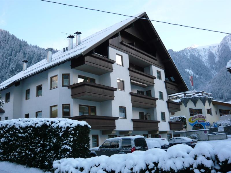 Winter view of your apartment - Luxury, Central Mayrhofen Penthouse Apartment - Mayrhofen - rentals
