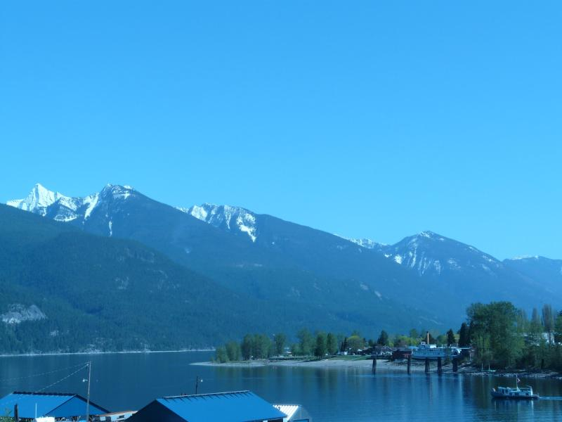 View from deck - Kootenay Lake Waterfront Condo - Kaslo - rentals