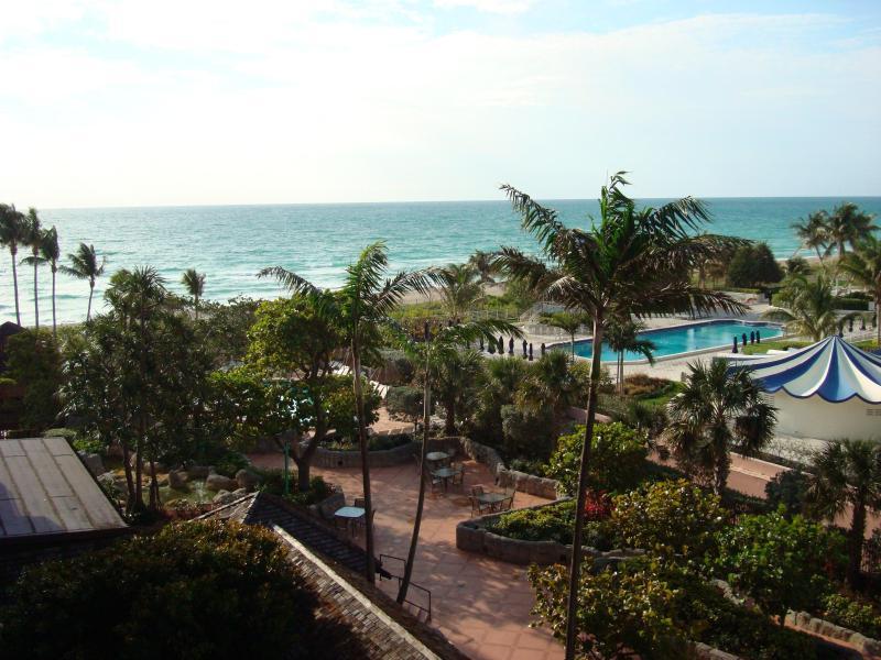 View from balcony - 2 bedroom Condo, Oceanfront Resort - Unit 707 - Miami Beach - rentals