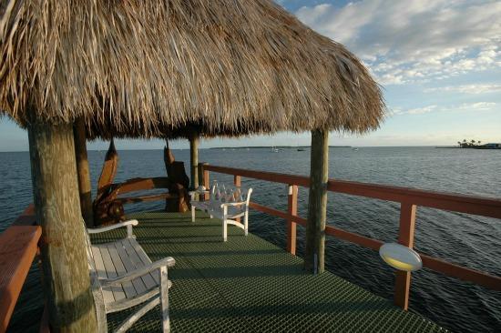 Sunrise pier - Tropical Elegance...FREE WiFi    210 Mariners Club - Key Largo - rentals