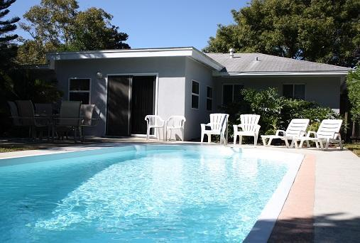 Private Backyard --- 15'x30' Pool - TROPICAL HAVEN w/ POOL - ESCAPE FROM THE COLD!!! - Clearwater - rentals