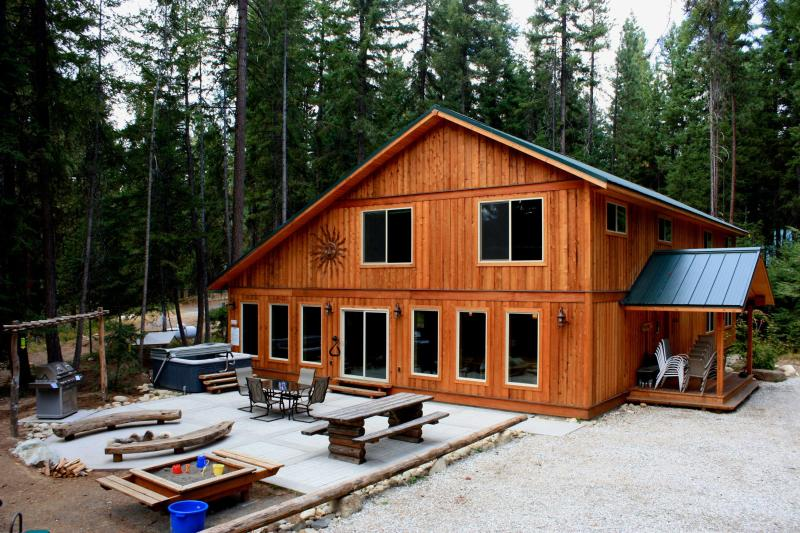 Marianne Lodge - Perfect Large Home!!   8 bedrooms, theater and more - Leavenworth - rentals