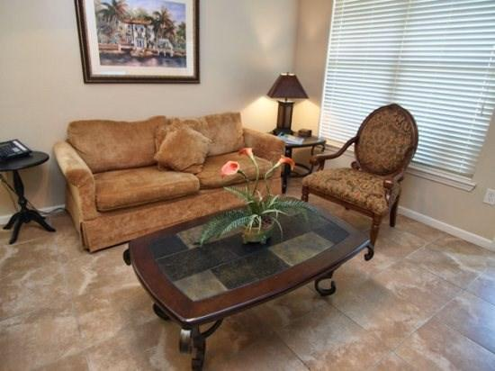 Living Area - BP2C912CP-221 2 BR Condo Home With Modern Interiors - Orlando - rentals