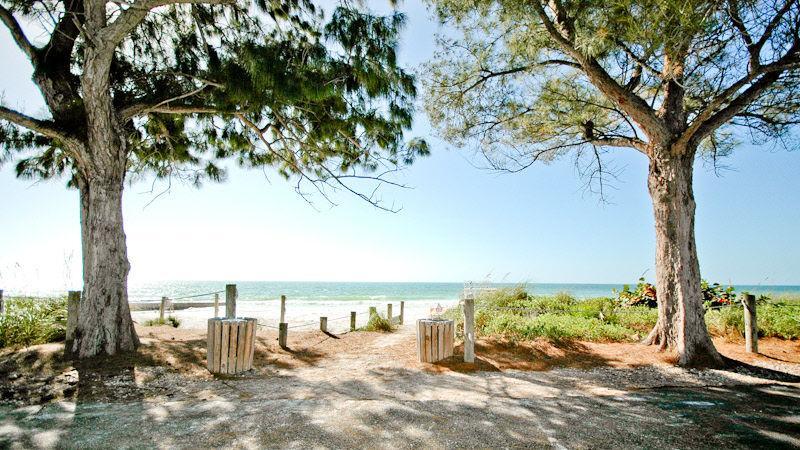 Palm Cottage - Image 1 - Bradenton Beach - rentals