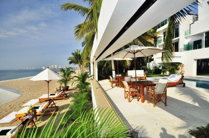 Casa La Playa - Image 1 - World - rentals