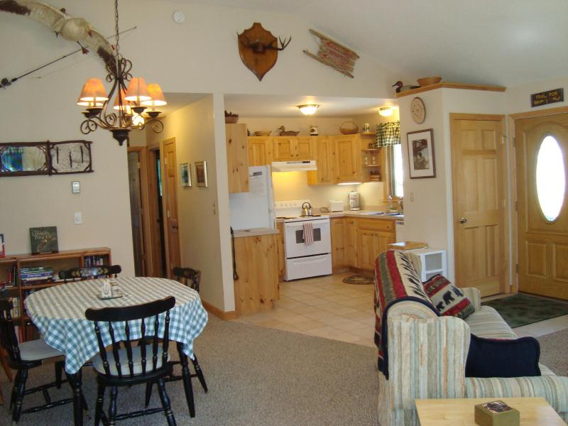 Great room, living, dining area - Pine Place apartment, Lake Placid, NY, USA - Lake Placid - rentals