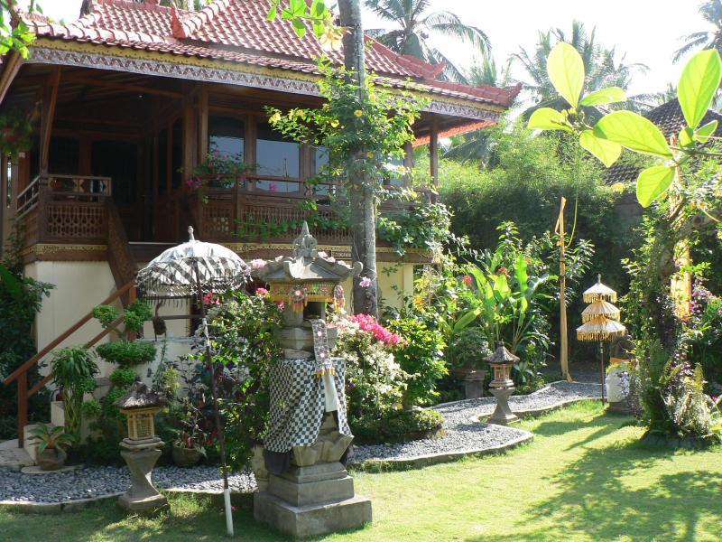 Villa Tenganan - Beautiful 2 Storey Balinese inspired Villa - Candidasa - rentals