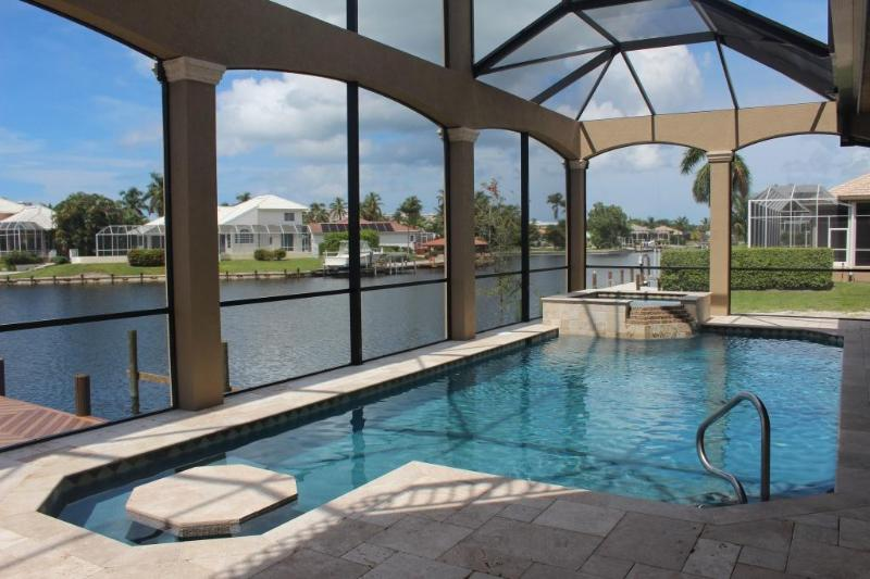 Private resort saltwater pool w/spa & built in table- lounge like you're at the Ritz Carlton! - Marco Getaway BRAND NEW Luxury 4BR 2 Story Villa - Marco Island - rentals