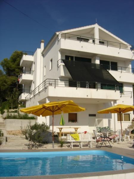house front view - Apartments Villa Goja - Trogir - rentals
