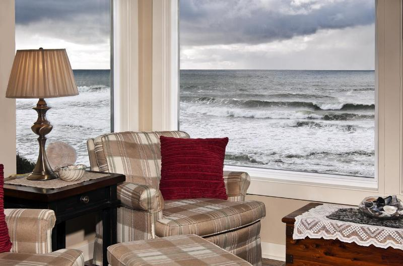 Observation room - Open 8/7-9 Seamist-Oceanfront Home - Lincoln City - rentals