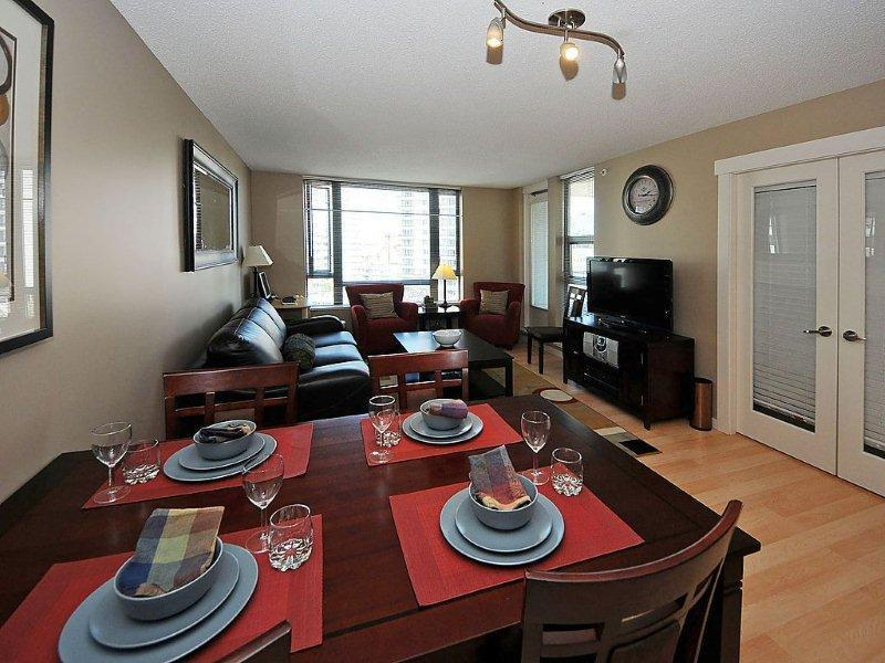 Executive style living room - 2 bed,sleeps 6, Great luxury downtown location! - Victoria - rentals