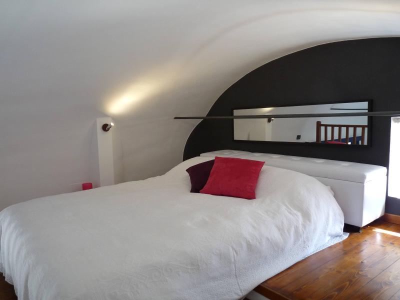 Cozy Walls - studio apartment 50mt from the Tower - Image 1 - Pisa - rentals