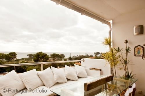 Luxury Sea View - Apartment in Cascais Centre - Sea facing luxury apartment with pool & airconditioning - Image 1 - Cascais - rentals