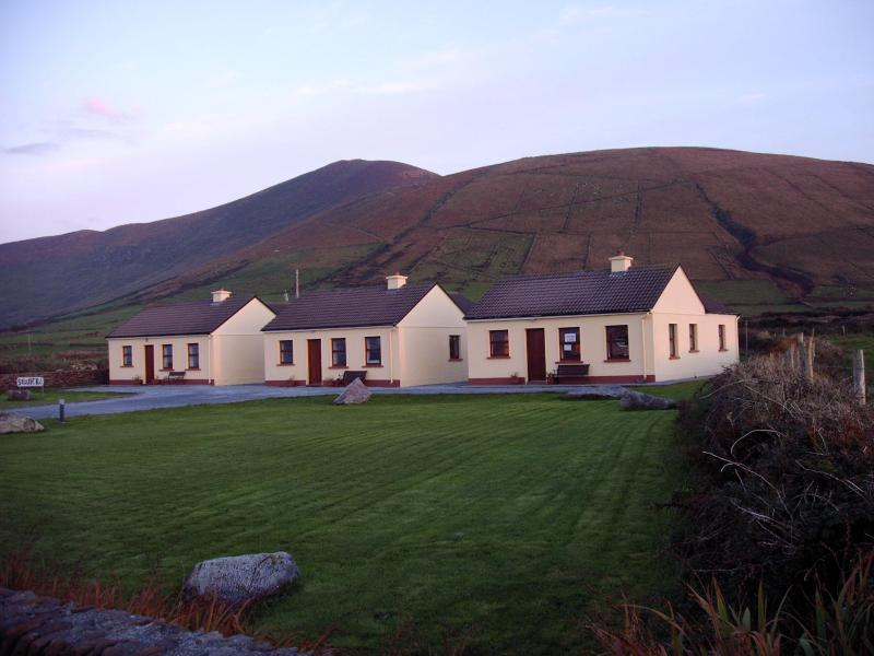 Primary Image of Suantracottages - Suantra cottages at Dingle Peninsulas' scenic tip - Dingle - rentals