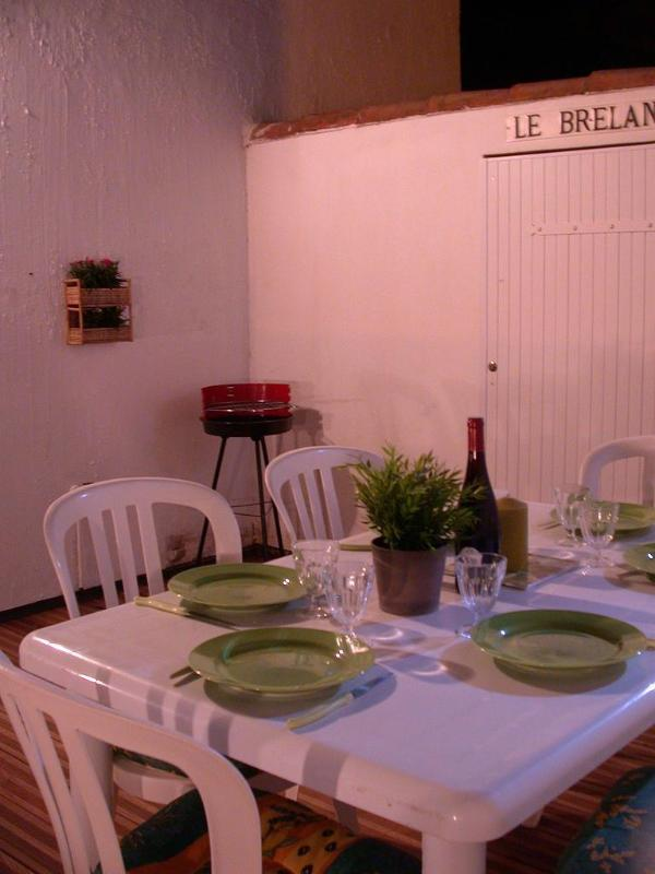 outdoor dinning area - 3 bdr House pool tennis atlantic surf spot - Bretignolles Sur Mer - rentals