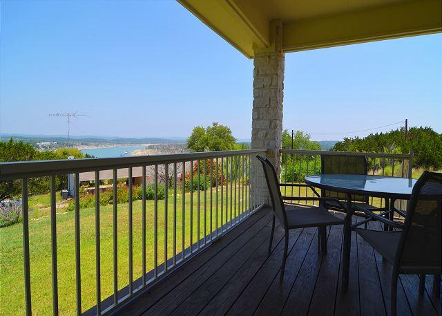 Three Bedroom Home in Briarcliff overlooking Lake Travis! - Image 1 - Briarcliff - rentals