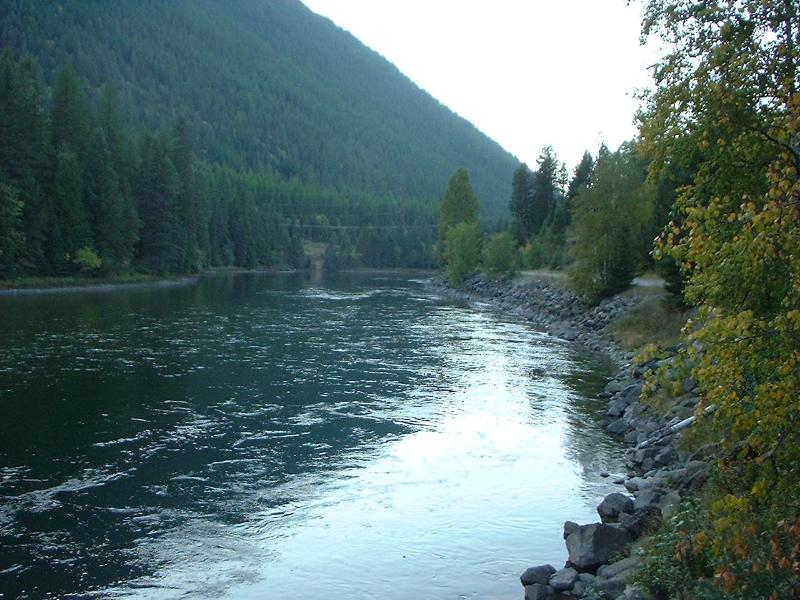 South Fork of the Flathead River, a 2 minute walk from the cabins - Glacier Canyon River Cabins, Glacier National Park - Hungry Horse - rentals
