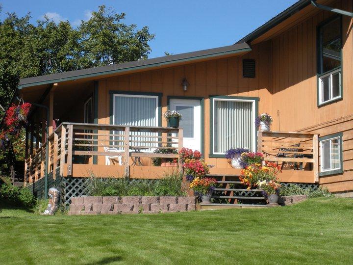 Beautiful Surroundings - Rangeview B&B - Alaska's only Bed & Dessert! - Homer - rentals