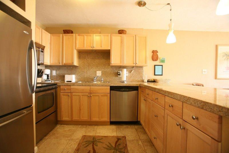 Kitchen - Ocean view at $130 a Night Central Location - Lihue - rentals