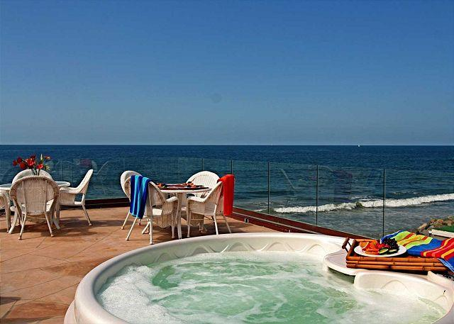 10br oceanfront home, rooftop decks, private spas, sleeps 26! - Image 1 - Oceanside - rentals