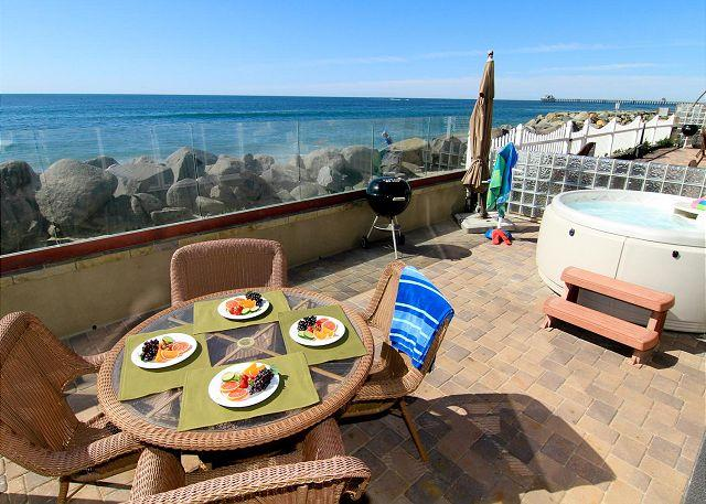 Oceanfront unit with 4br/4ba, brand new, beach patio with private spa, bbq - Image 1 - Oceanside - rentals