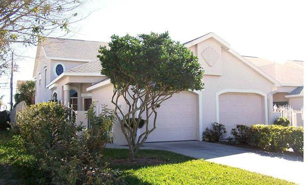 Front of house-1 car garage - Cocoa Beach House Rental-A Sunny Beach Rental - Cape Canaveral - rentals