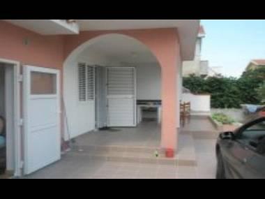 A2(2+2): terrace - 5358 A2(2+2) - Nin - Nin - rentals