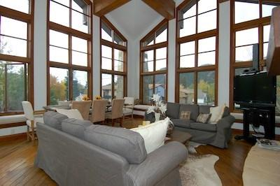 Living Room - Colonnade Residence Unit 11: In Downtown Ketchum - Ketchum - rentals