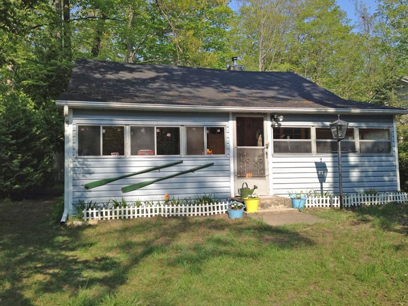 Welcome Back Inn cottage (#698) - Image 1 - Wiarton - rentals