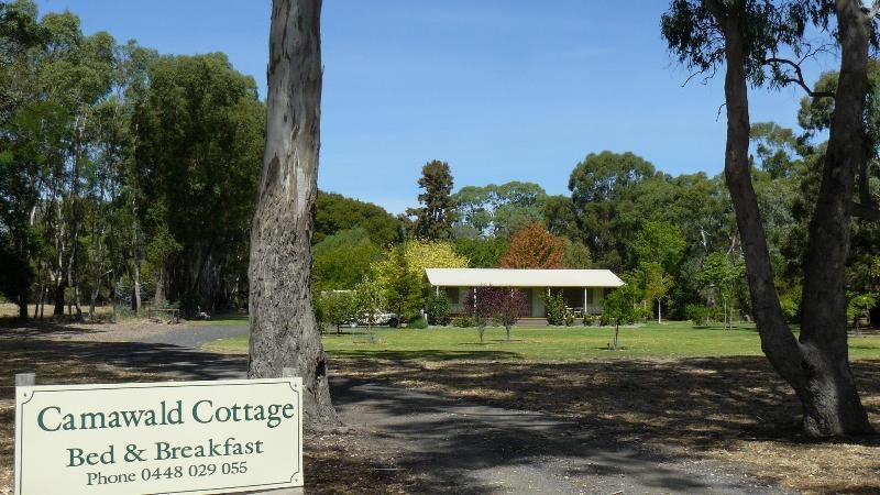 Entrance from Rocky Castle Road - Camawald Cottage - Coonawarra - rentals
