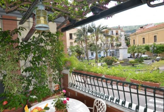 APPARTAMENTO ELISA A - SORRENTO CENTRE - Sorrento - Image 1 - Sorrento - rentals