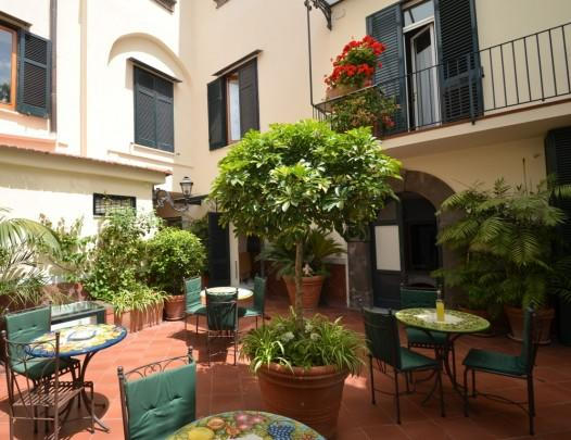 APPARTAMENTO ELISA C - SORRENTO CENTRE - Sorrento - Image 1 - Sorrento - rentals