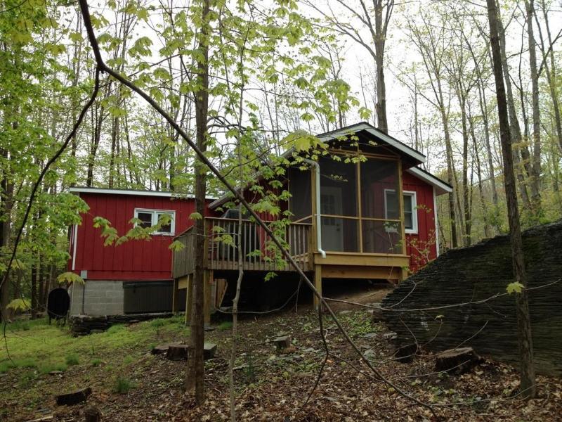 2 BR @ Heart of Woodstock - Hot Tub & Fireplace - Image 1 - Woodstock - rentals