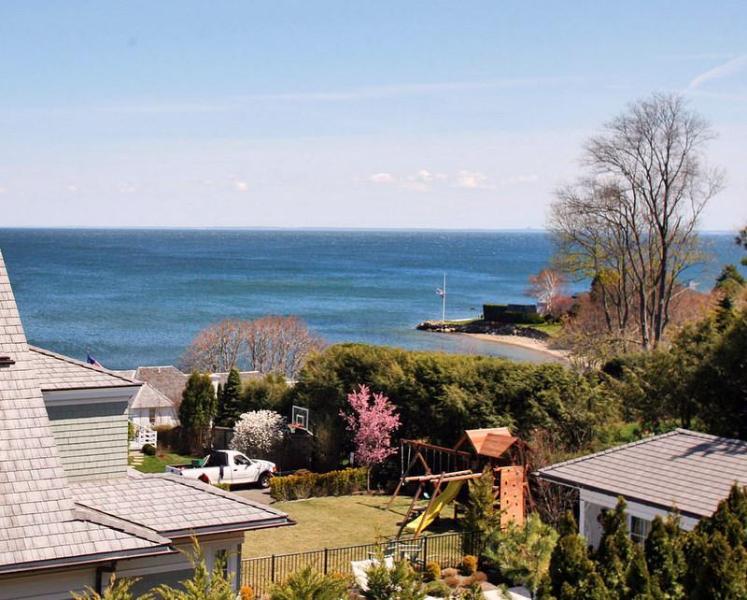 WESTPORT, CT - Overlook Ocean Beach; 1 hr to NYC - Image 1 - Westport - rentals