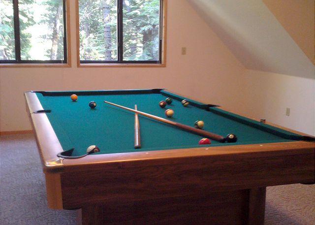 Pool Table! - The HALE MAUNA in Big Trees Village, Dorrington has a Pool Table AND Hot Tub! - Dorrington - rentals