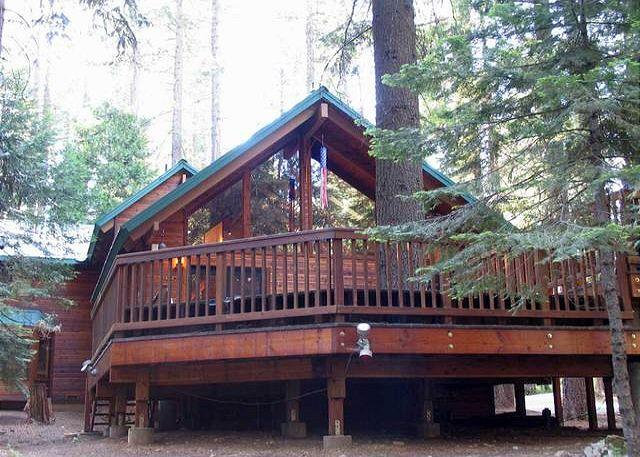 Deck View - LUXURIOUS MOUNTAIN RETREAT  A vacation experience your group will not forget! - Dorrington - rentals
