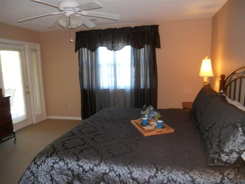 Fit for a King - Spacious Walk In Close to STRIP* 2 Master with KINGS* Amenities * Wifi* Sleeps 6 - Branson - rentals