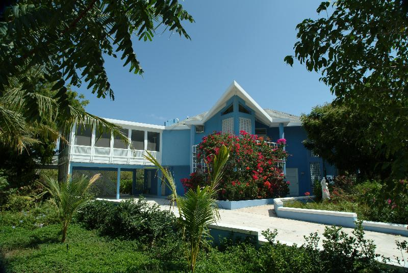 Beautiful Blue Villa over 3000 sq ft - Blue Villa - Superb Value For Grace Bay - Turtle Cove - rentals