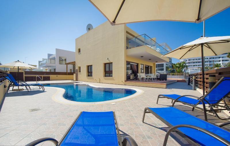 Swimming Pool - Central Protaras Dream Villa No.6 - Protaras - rentals