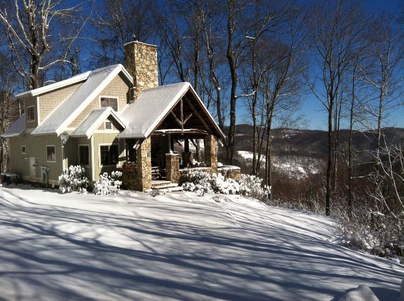 A beautiful January day at Granny Mandy at On the Windfall - Granny Mandy at On the Windfall - 215 acre retreat - Lansing - rentals