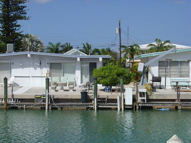Doc's Place - Image 1 - Key Colony Beach - rentals