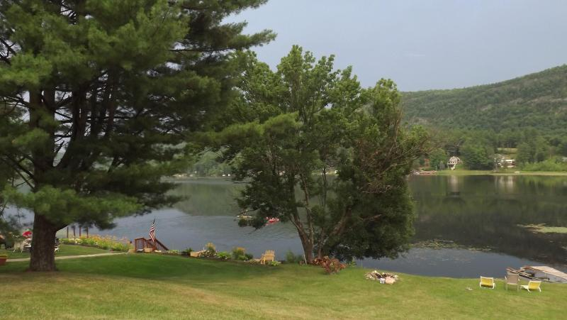 VERMONT COTTAGE ON THE LAKE - Image 1 - Wells - rentals