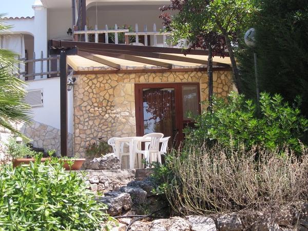 The mini-apartament seen from its overlooking terrace - VILLA GIULIA in Ostuni - Ostuni - rentals