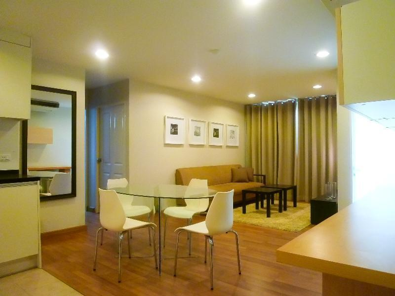 Living Room/ Dining Room - 1 Br Condo in Aree Area, the heart of Bangkok - Bangkok - rentals