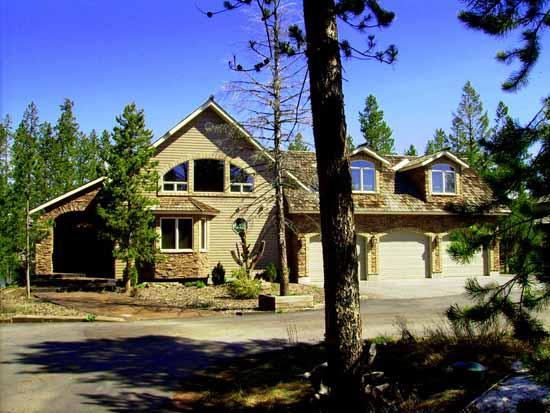 Silverhawk Lake House - Exclusive Lakefront - Book now for Winter snowmobiling or summer on the lake!! - Image 1 - Island Park - rentals