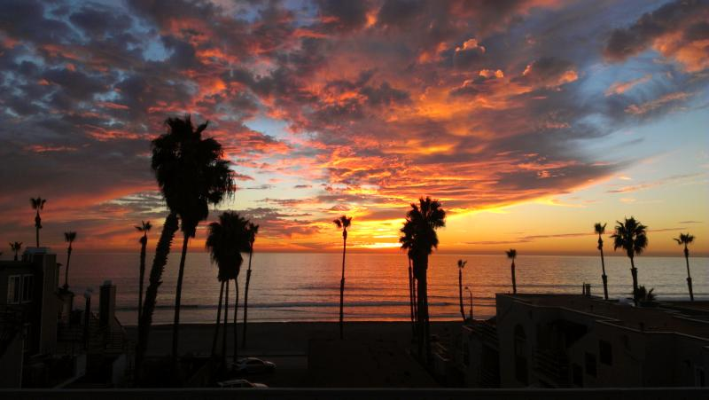 Amazing sunset from our deck - Charming Beach House - Oceanside - rentals