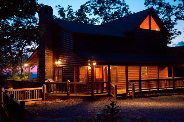 Welcome to your luxury Blue Ridge GA vacation cabin rental home - A Bears Lair 15% Off Jan & Feb (Excl Holidays) - Blue Ridge - rentals