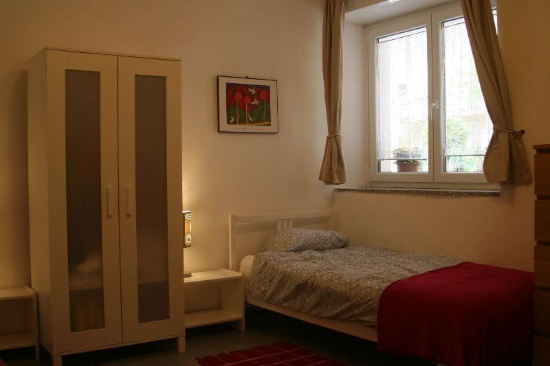 Paulines Apartment - bed under window - Queen Studio Apartment - centre Kobarid - sleeps 2 - Kobarid - rentals