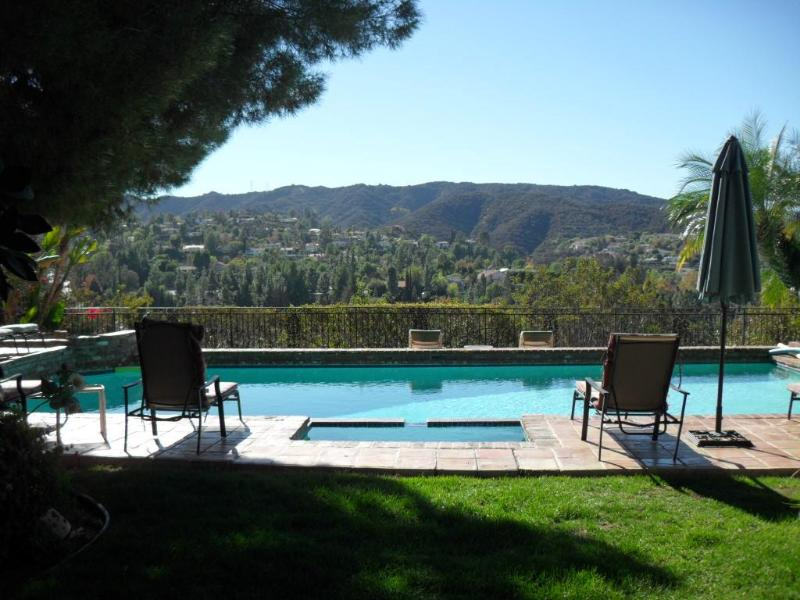 swimming pool - Stunning view, totally private, swimming pool.. - Los Angeles - rentals